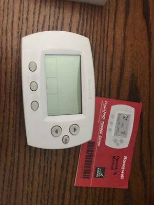 AC THERMOSTAT PROGRAMMABLE for Sale in Houston, TX
