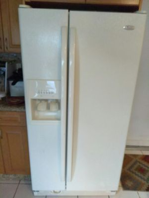 4 pieces Whirlpool Full kitchen appliances for Sale in Miami, FL