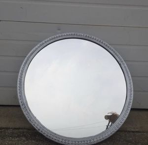 """1 Round wood wall mirror. 28 1/2"""" diameter for Sale in Irving, TX"""