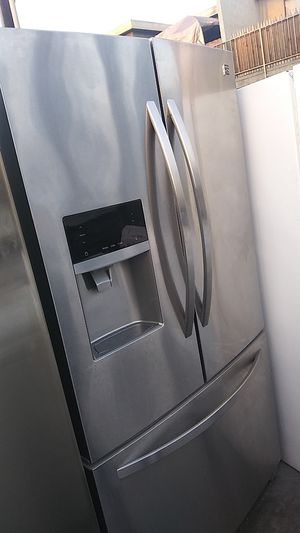 Kenmore French Door Stainless Refrigerator for Sale in Corona, CA