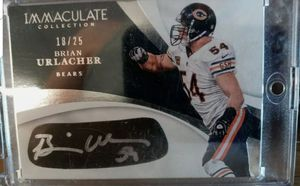 2017 Immaculate Brian Urlacher Autographed Eye Patch 18/25 Chicago Bears for Sale in Chicago, IL