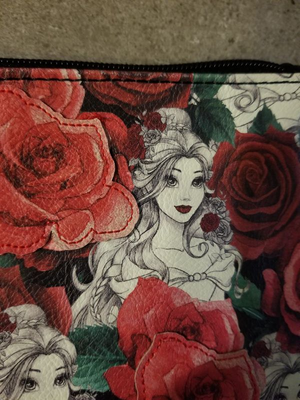 Disney Loungefly Beauty and the Beast Belle & Roses Wristlet Wallet New