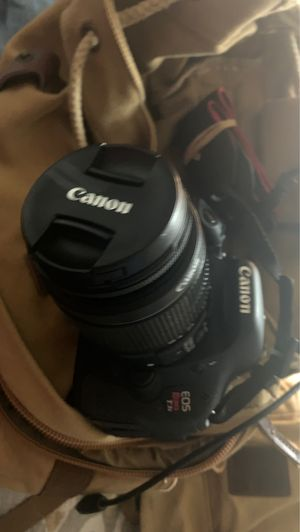 Canon T3i for Sale in Pasadena, TX