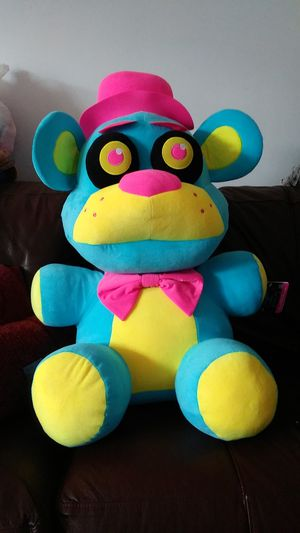 Five nights of freddy's blacklight plushies huge for Sale in Philadelphia, PA