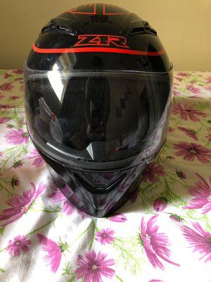 Motorcycle helmet zr like new for Sale in Brooklyn, NY