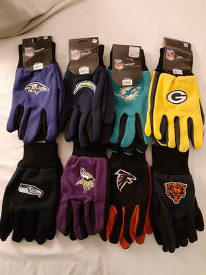 Sports NFL Gloves $10 for Sale in Los Angeles, CA