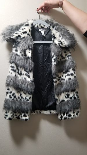 Alberto Makali Faux Fur Vest for Sale in Everett, WA