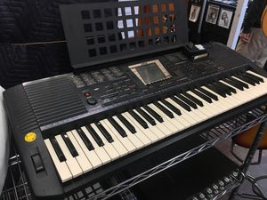 Yamaha PSR-530 Keyboard Synthesizer for Sale in Los Angeles, CA