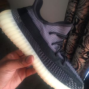 Yezzy Carbon Size 10 for Sale in Pickerington, OH