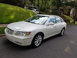 Hyunday azera 2008 Clean title, very clean, no mechanic problem, Fog lights, dual power seats, keyless entry, no check engine light, everything is for Sale in Hasbrouck Heights, NJ