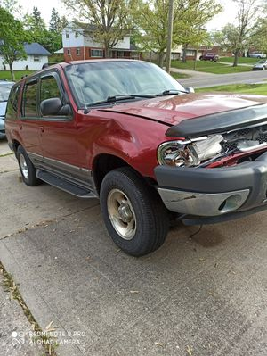 Ford explorer 2000 for Sale in Parkdale, OH