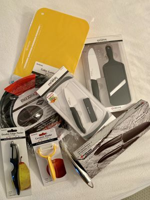 ❤️Bundle❤️KYOCERA❤️Ceramic Knives❤️FryPan❤️Peelers❤️Slicer❤️Cutting Boards❤️Brand NEW❤️Kitchen & Bar tools❤️ for Sale in Miami, FL