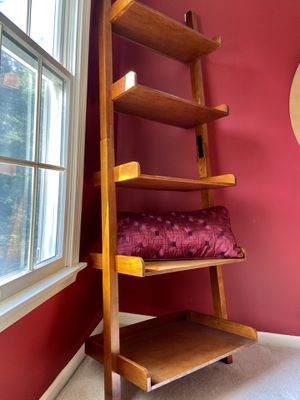 Beautiful Modern Bookshelf for Sale in Newtown, PA