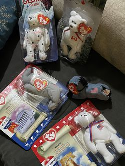 Beanie babies (McDonald's International Bears) for Sale in Riverside,  CA