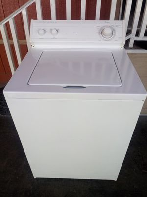 Wirhpool washer working perfectly$195 for Sale in Paramount, CA