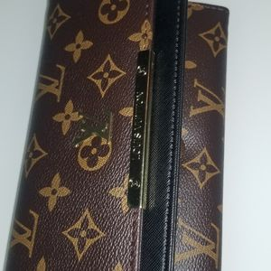 Wallet for Sale in Hialeah, FL