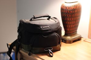 Camera Bag (Cannon) for Sale in Midlothian, VA