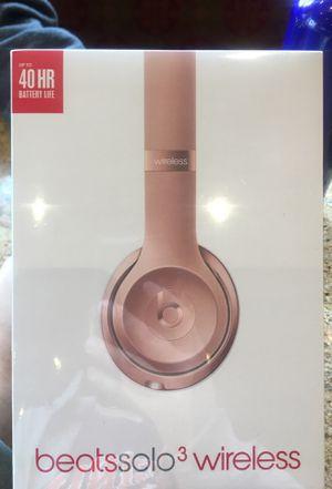 Brand New Beats solo 3 Wireless headphones in shrink wrap for Sale in Arlington, VA
