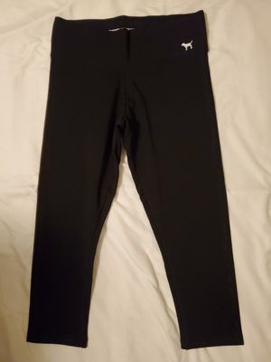 PINK YOGA CAPRIS for Sale in Fresno, CA