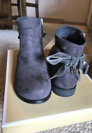 NEW Michael Kors Emma girls boots size 3 for Sale in McKnight, PA