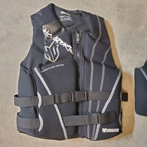 Set of 3 life jackets HO Sports for Sale in Bothell, WA