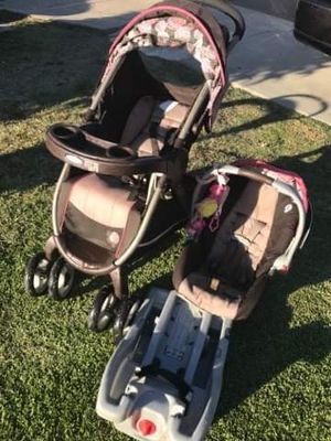 Stroller baby car seat base FIRM PRICE NO DELIVERY CASH OR TRADE FOR BABY FORMULA for Sale in Los Angeles, CA