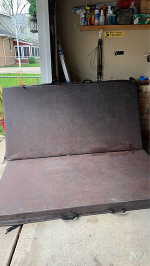 Cover for hot tub $100 obo size: 76 x81 for Sale in Addison, IL