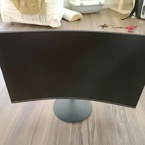 """Samsung T55 27"""" Curved Monitor for Sale in Seattle, WA"""