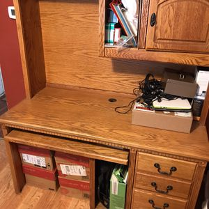 Desk for Sale in Elgin, IL