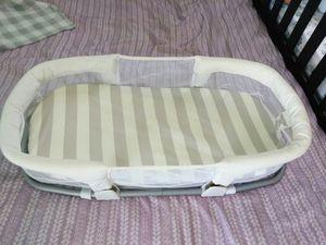 Portable bassinet for Sale in San Antonio, TX