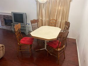 Kitchen Table Set for Sale in Chino Hills, CA