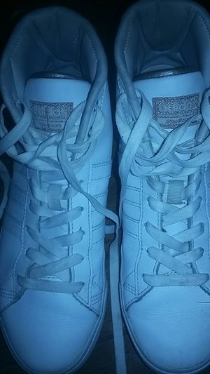 Adidas CloudFoam womens size 7 1/2 for Sale in Parsons, KS