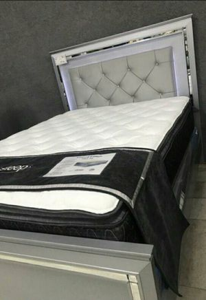 $39 DOWN❗BEST Deal 🛬 Allura Silver LED Panel Bedroom Set 234 for Sale in Jessup, MD