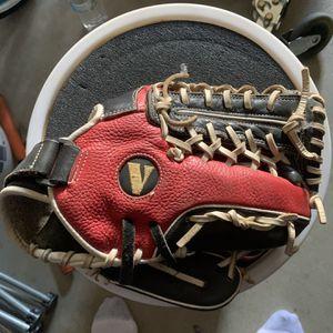 Softball Glove for Sale in Murrieta, CA