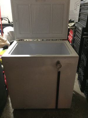 WOOD'S CHEST FREEZER for Sale in Hoffman Estates, IL
