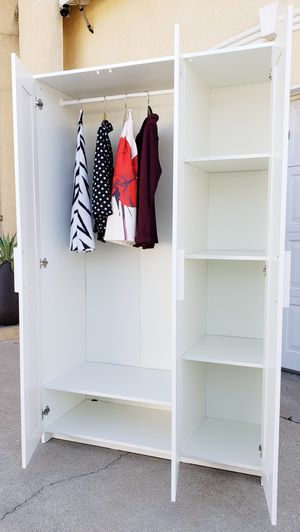 Beautiful IKEA White 3 Door Mirror Mirrored Wardrobe Closet + 1 Clothes Rod + Adjutable Shelves INCLUDED for Sale in Monterey Park, CA