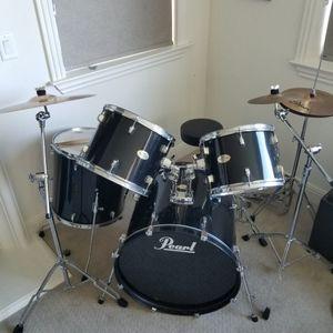 Pearl Forum Series Drum Kit for Sale in San Ramon, CA