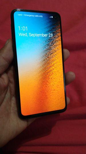 Samsung S10 e 128gb for Sale in Los Angeles, CA