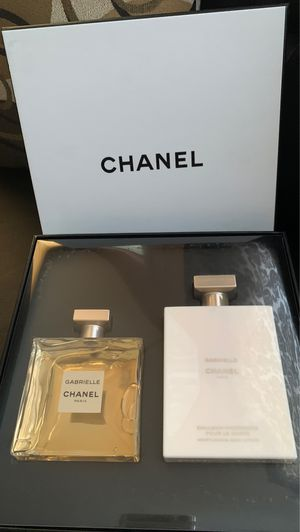CHANEL PERFUME 100 ml SET WITH BODY LOTION 200 ml for Sale in Los Angeles, CA