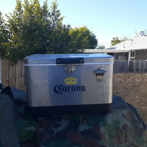 Corona Cooler for Sale in San Diego, CA