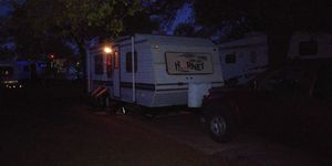 Its a 1994 hornet 25 ft camper trailer for Sale in Oklahoma City, OK