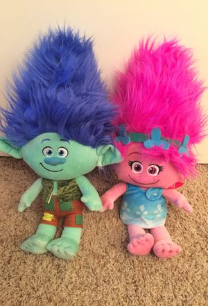 Brand new dolls...build a bears, trolls, Disney and large beani boo $5 each or $30 for all for Sale in El Cajon, CA