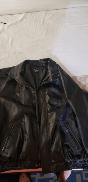 KingSize brand black leather bomber jacket. for Sale in Orlando, FL