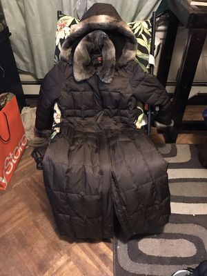 Women's winter coat great condition for Sale in Jersey City, NJ