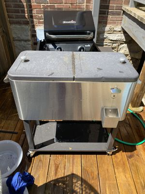 Stainless Steel Patio Rolling Cooler for Sale in St. Louis, MO