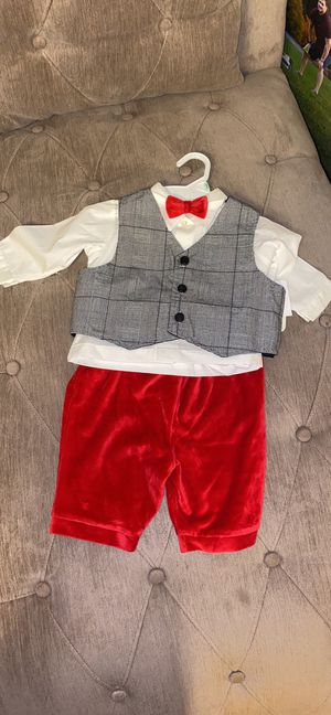 12 months Christmas Suit for Sale in Centreville, VA