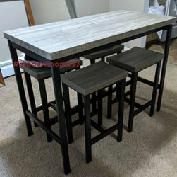 Breakfast nook style dining table set with 4 stools for Sale in Anaheim,  CA