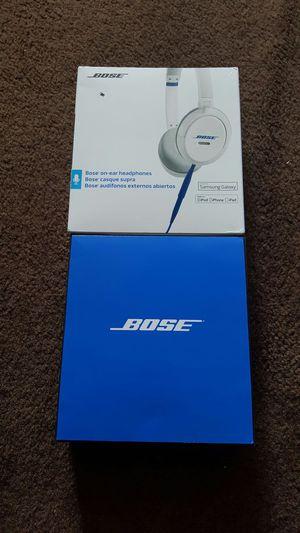 Bose over ear headphones for Sale in Jacksonville, FL