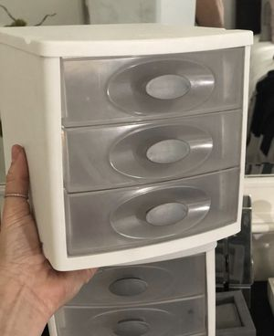 Plastic drawers organizer for Sale in Miami, FL