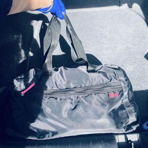 Duffle bag everlast for Sale in Los Angeles, CA